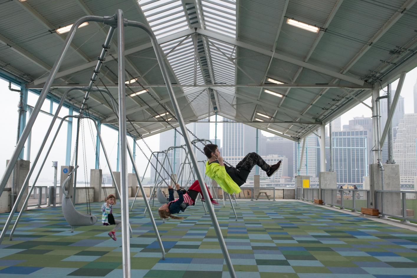 Playgrounds brooklyn bridge park for Swing set bridge