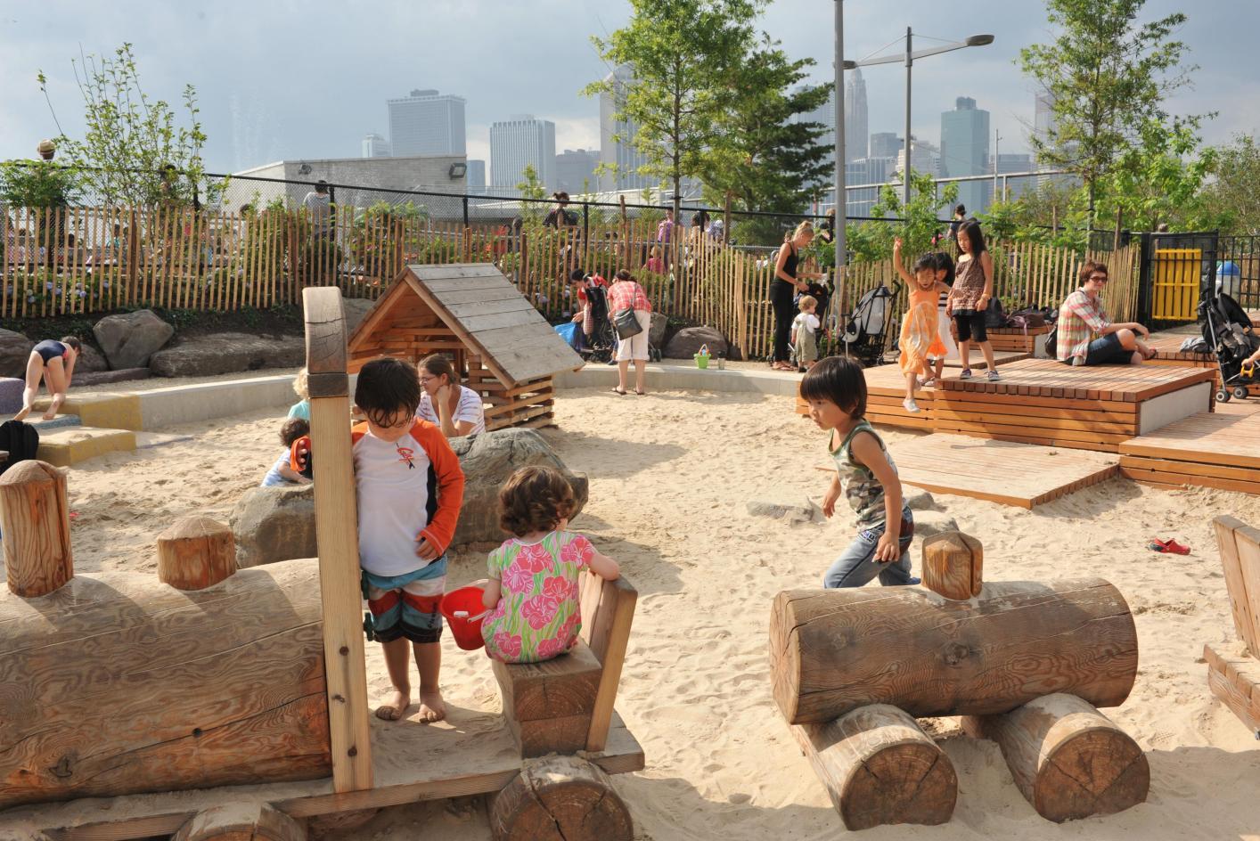 playgrounds brooklyn bridge park