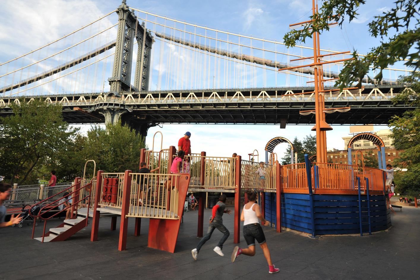 Main Street Brooklyn Bridge Park